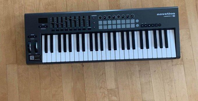49 key MIDI Keyboard