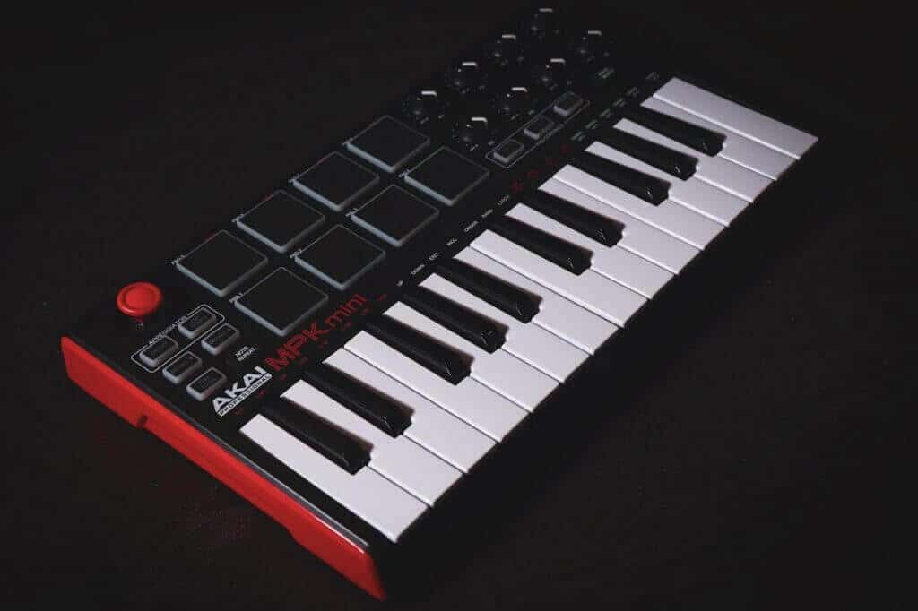 Beginner MIDI Controller