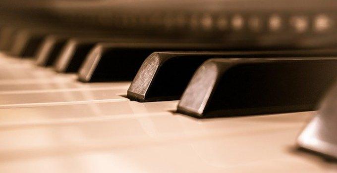 Digital Pianos Cheap
