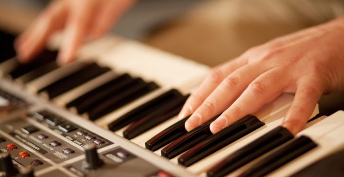 Church Keyboard Pianos